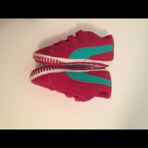 Hot pink infant Puma sneaker size 2
